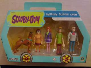 Scooby Doo Action Figures   Mystery Solving Crew/Gang   VAN SHAPED BOX