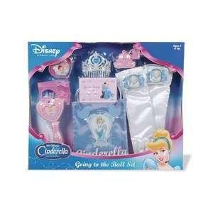 Disney Princess Cinderella Going to the Ball Set Toys & Games