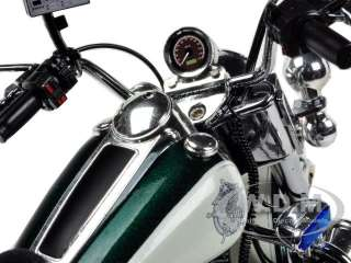 DAVIDSON FLHP ROAD KING GREEN/WHITE SHERIFF 1/12 BY HIGHWAY 61 81170