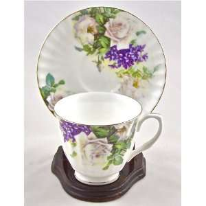 Fine Bone China Cup and Saucer Bella Lux White Rose Chintz