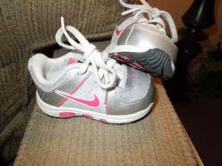 girls toddler baby 4c white pink silver sneakers T Run 5 RV $58