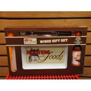Hooters Wings Gift Set Kitchen & Dining