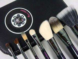 Hot 7 pcs Hello Kitty Makeup Brush Set Kit and Black Faux Leather Case