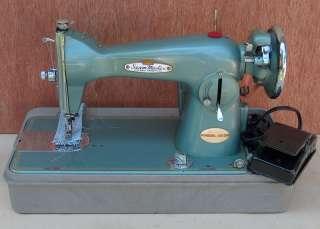 Vintage Toyota Sewing Machine Heavy Duty Seam Master