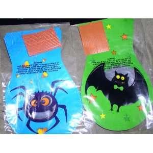 Die Cut Treat Bags Blue Spider or Green Bat   15 Ct