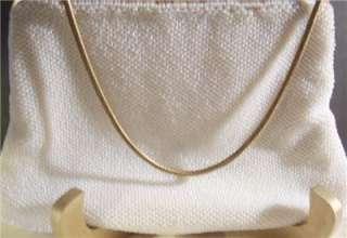 Ladies Vintage Cream Beaded Purse Gold Frame Pink Roses