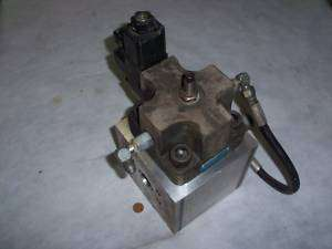 Vickers Accumulator Dump Valve Assembly 115V Coil