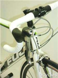2011 Fuji SL 3.0   Carbon Fiber Road Bike Large (53cm)   Carbon/White