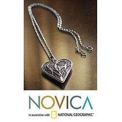 Sterling Silver Heart Full of Love Filigree Necklace (Peru
