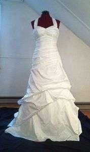 DAVIDS BRIDAL WEDDING GOWN REFUNDABLE