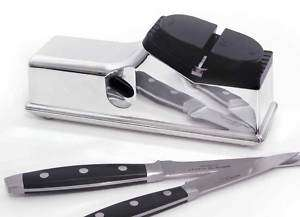 ELECTRIC BATTERY POWERED KITCHEN KNIFE BLADE SHARPENER