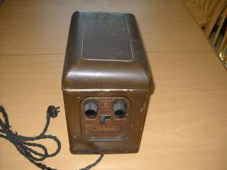 NICE VINTAGE WILLARD BATTERY CO SUPER B TUBE RADIO POWER SUPPLY