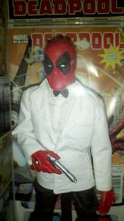 Deadpool in James Bond White Tuxedo Custom Hot Toys Figure Real