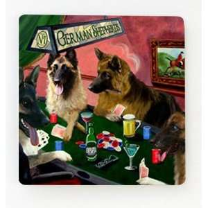4 Dogs Playing Poker Boxer Magnet: Home & Kitchen