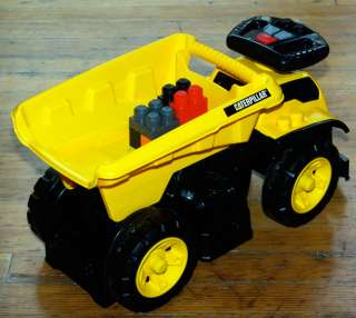 Mega Bloks Cat 3   In   1 Ride   On Dump Truck: Toys & Games