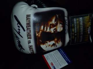 Floyd Mayweather Signed Boxing Glove with RIcky Hatton PSA/DNA Super