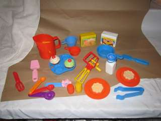Fisher Price Fun with Food Baking Set Cake Cookies Sifter Mixer